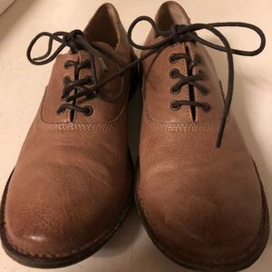 Frye oxfords -leather insole and outsole
